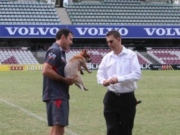 Justin Jordan with Qld Reds mascot